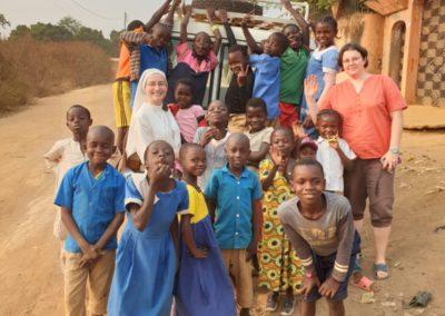afryka-dzieciaki-w-butach-10